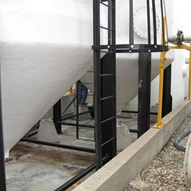 Vertical Leg Fiberglass Tanks